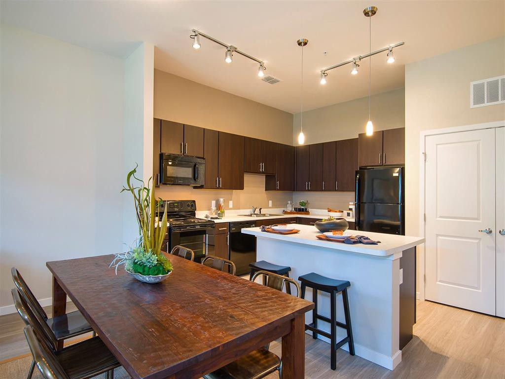 Apartments Near South Carolina Parkside at the Highlands for South Carolina Students in , SC