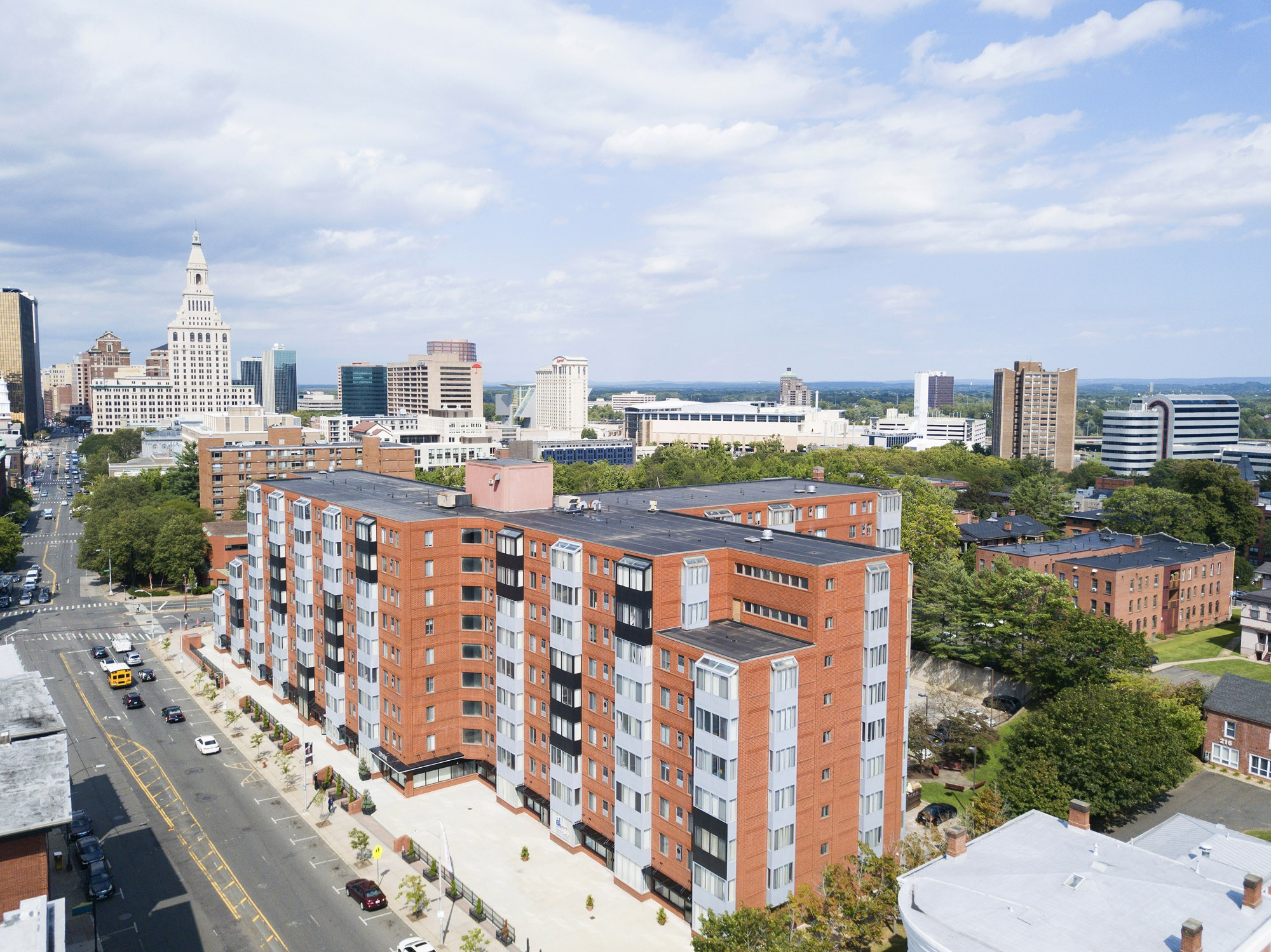 Apartments Near Trinity Element 250 for Trinity College Students in Hartford, CT