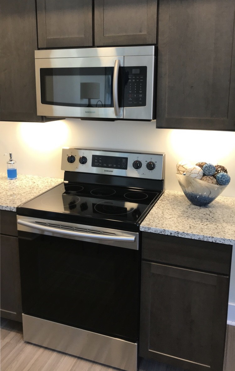 Apartments Near Old Dominion Axis at PTC for Old Dominion University Students in Norfolk, VA