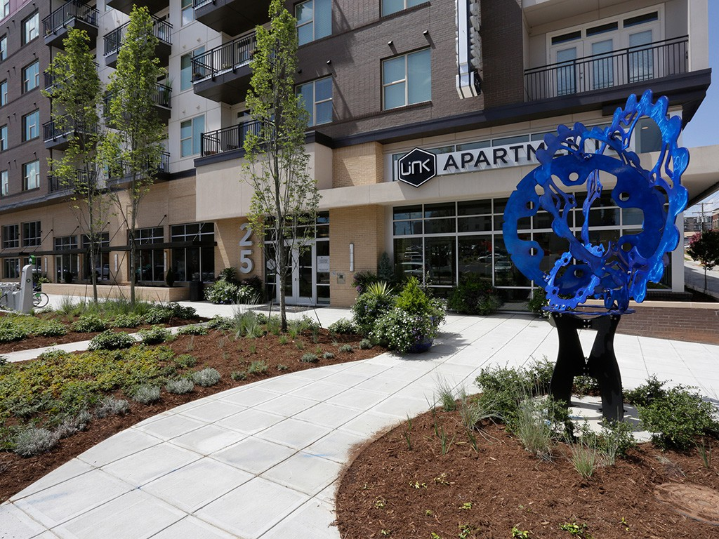 Apartments Near BJU Link Apartments® West End for Bob Jones University Students in Greenville, SC
