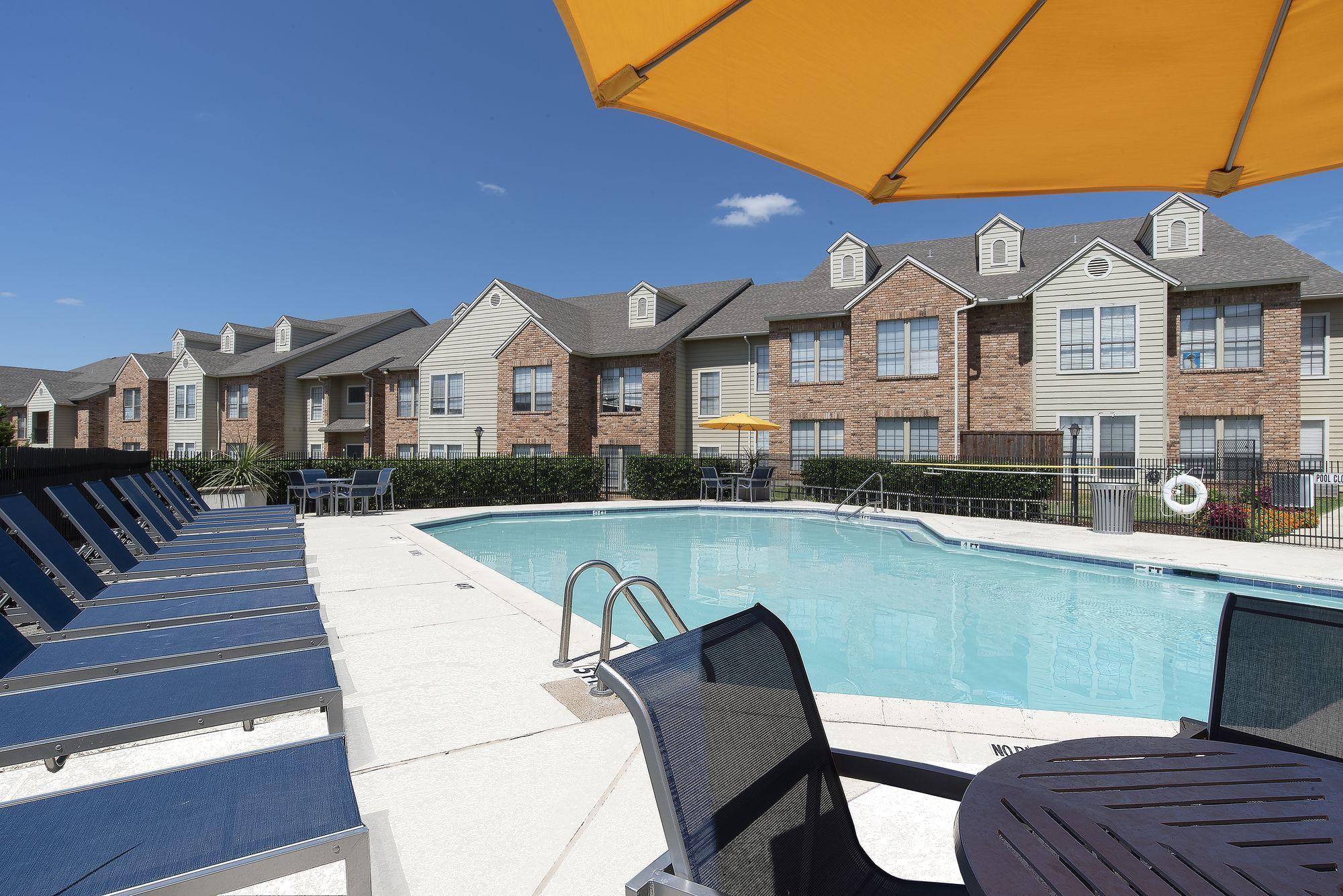 Apartments Near UT Arlington Arlington  Hills for University of Texas at Arlington Students in Arlington, TX