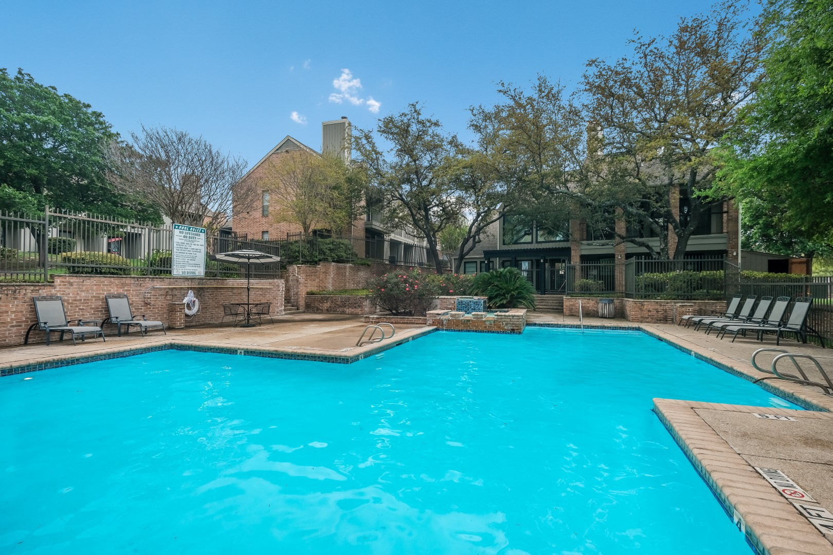 Apartments Near Trinity Park Greene Townhomes for Trinity University Students in San Antonio, TX