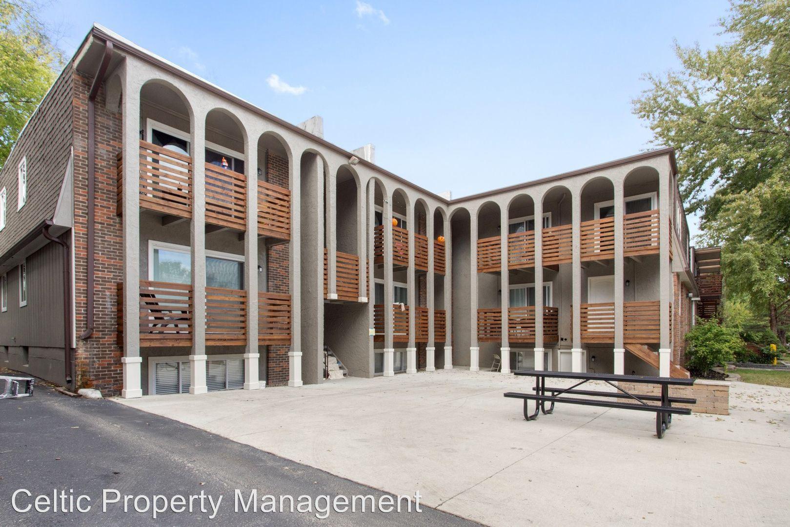 Apartments Near ITT Technical Institute-Kansas City Uptown Court for ITT Technical Institute-Kansas City Students in Kansas City, MO
