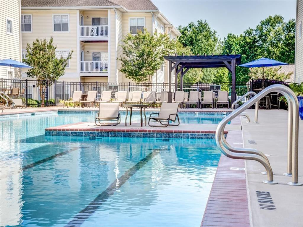 Apartments Near Wingate Flagstone at Indian Trail Apartments for Wingate University Students in Wingate, NC
