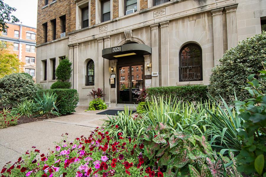 Connecticut Avenue Apartments/Dore/The Abby