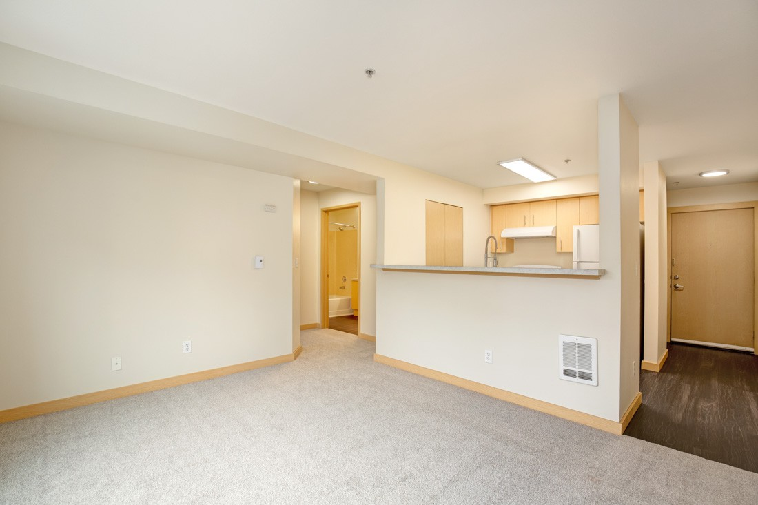 Guinevere Apartments photo