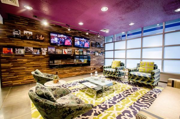 Renaissance City Club Apartments rental