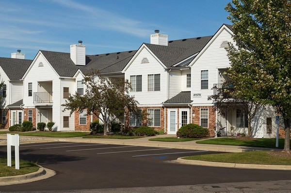 Apartments Near Madonna Village Club of Canton Apartments for Madonna University Students in Livonia, MI