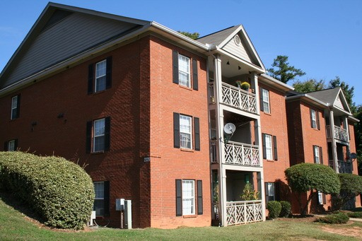 featured village salem nc community rent properties marsh image apartments bedroom in charlotte for