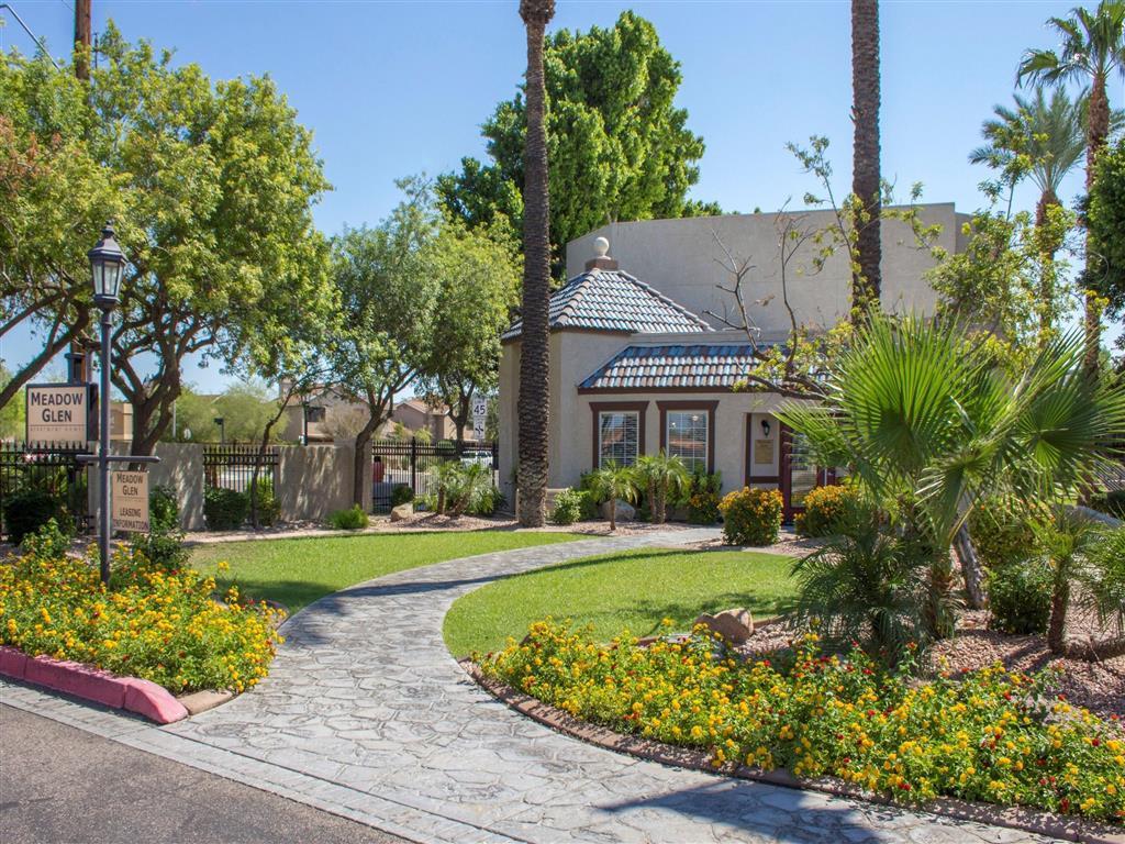 Meadow Glen Apartments photo