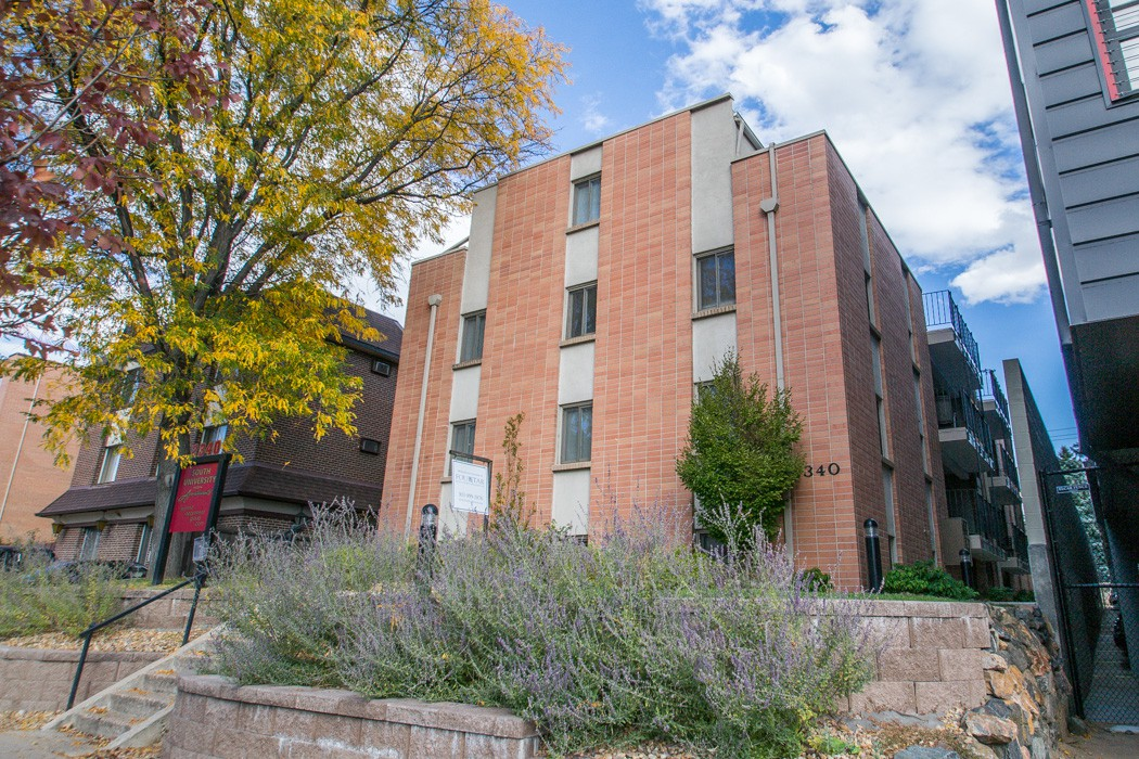 Apartments Near Westwood South University for Westwood College Students in Denver, CO