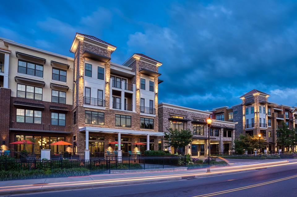 Apartments Near Vanderbilt Tapestry at Brentwood Town Center for Vanderbilt University Students in Nashville, TN