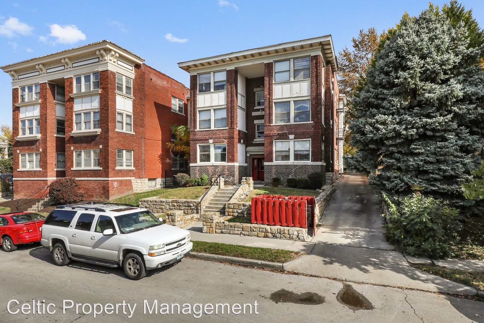 Highland Apartments, Kansas City - (see pics & AVAIL)