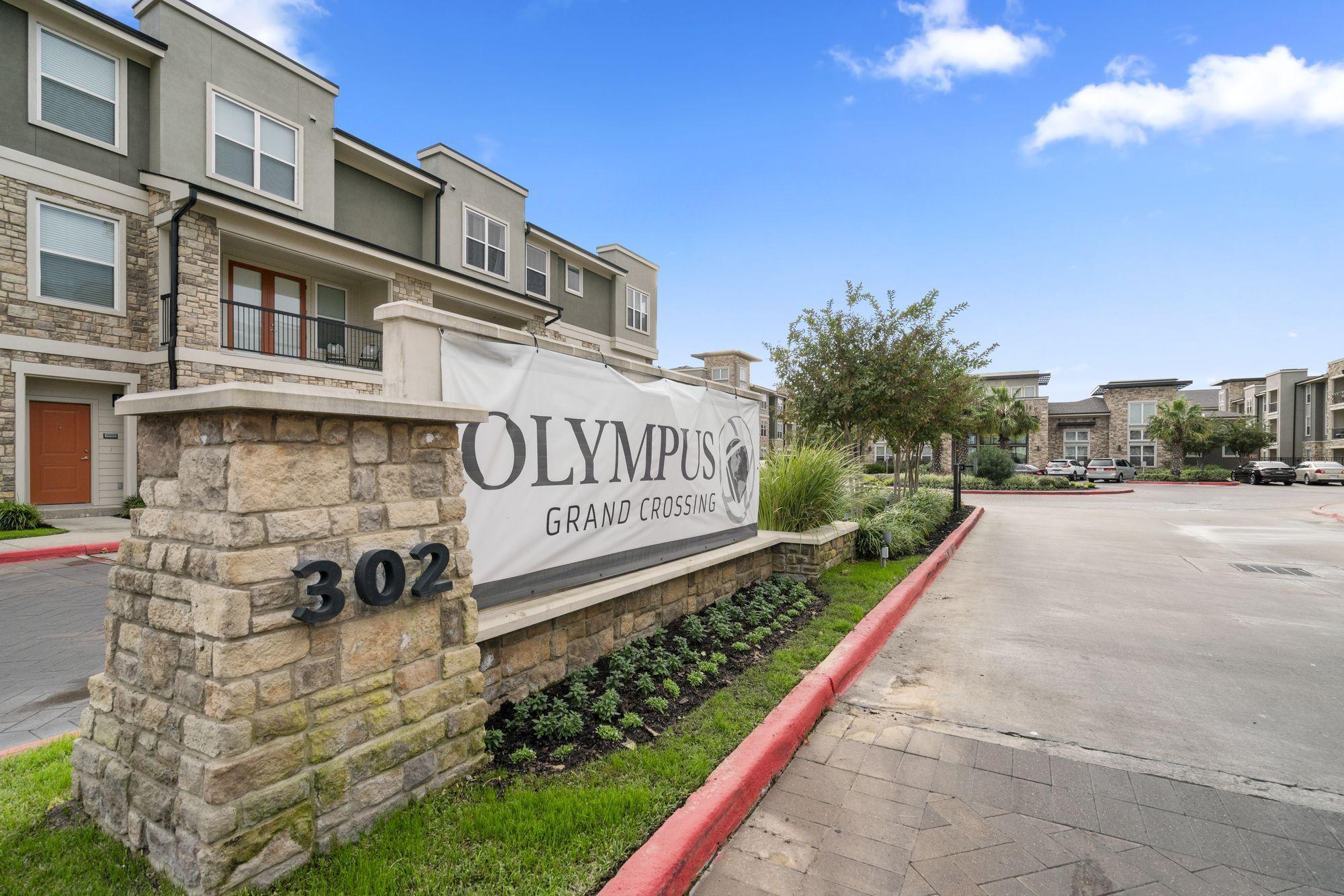 Olympus Grand Crossing