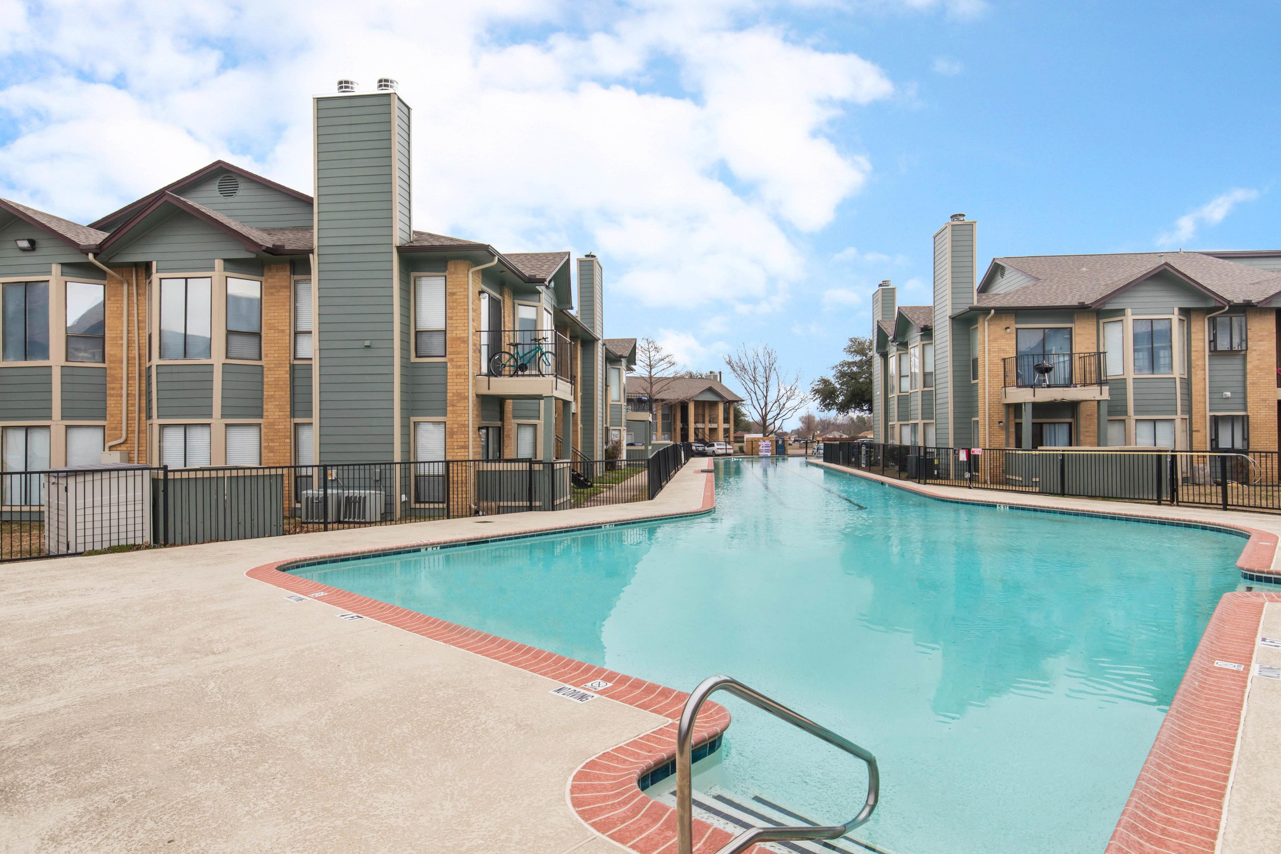 Apartments Near Amberton Lake Village West Apartments for Amberton University Students in Garland, TX
