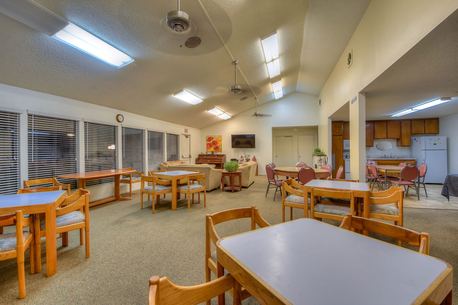 Apartments Near Claremont Heritage Plaza: 55+ Community for Claremont McKenna College Students in Claremont, CA