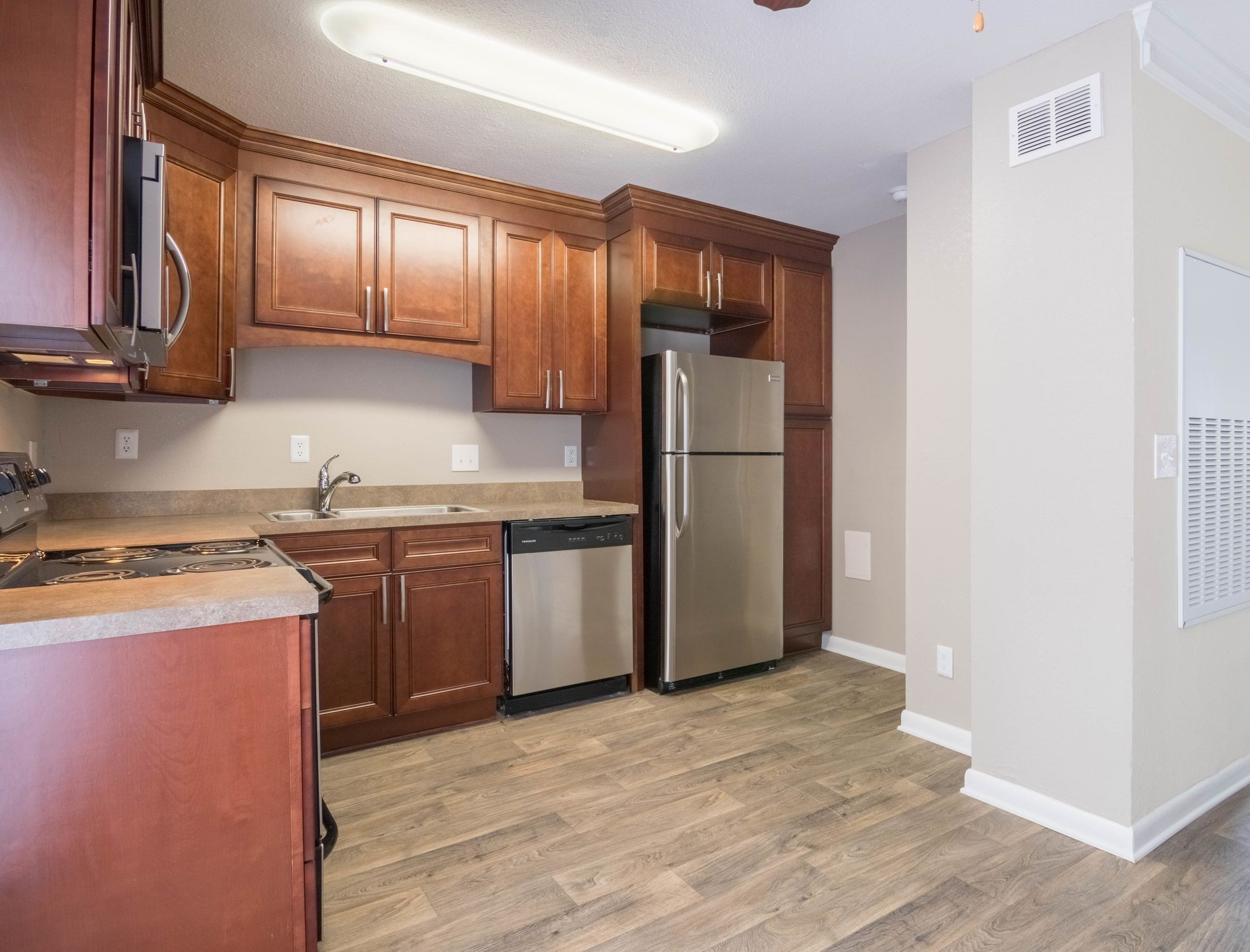 Apartments Near UNC Charlotte Aurora for University of North Carolina at Charlotte Students in Charlotte, NC