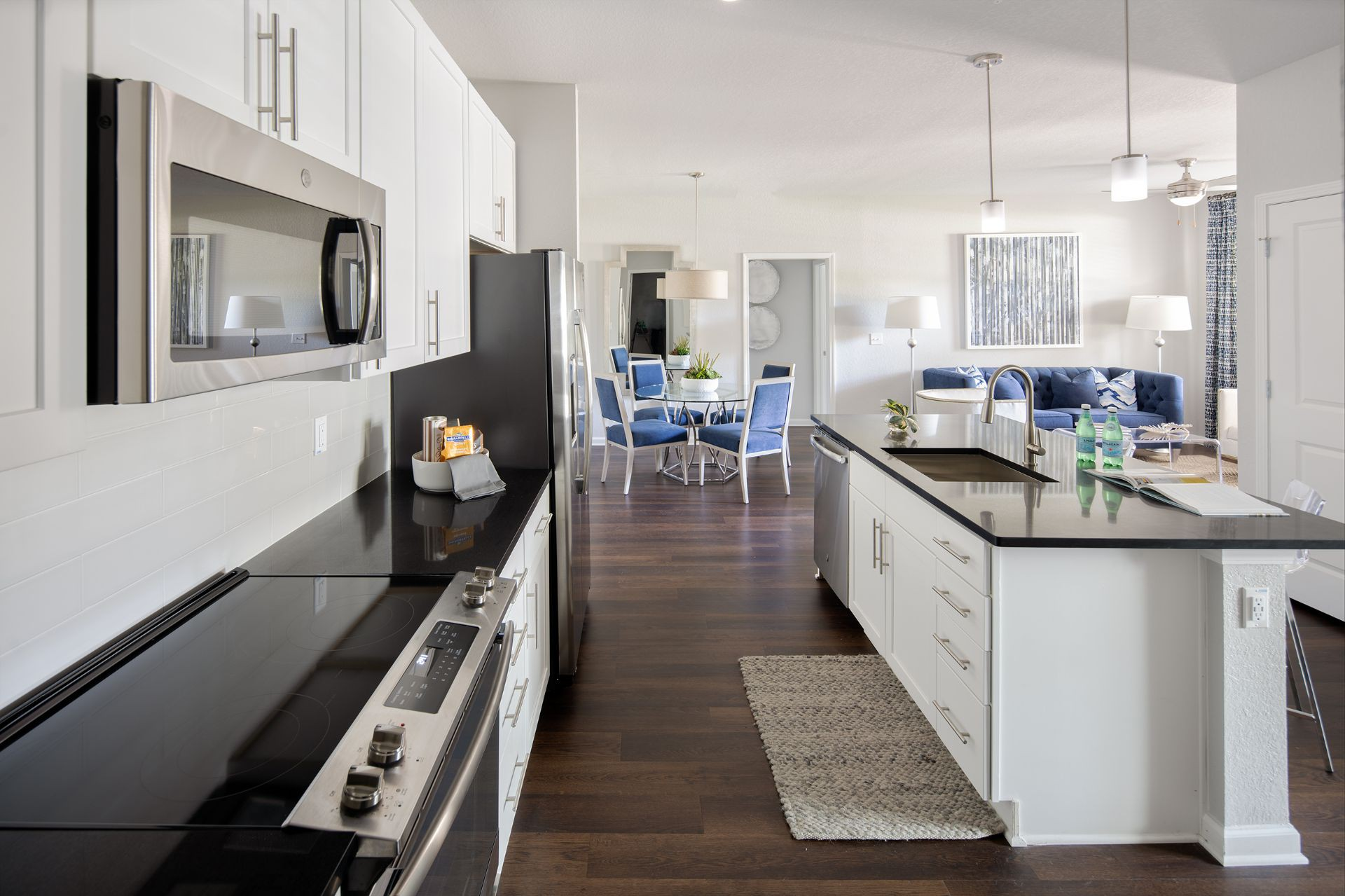 Apartments Near UT 5 Oaks at Westchase for The University of Tampa Students in Tampa, FL