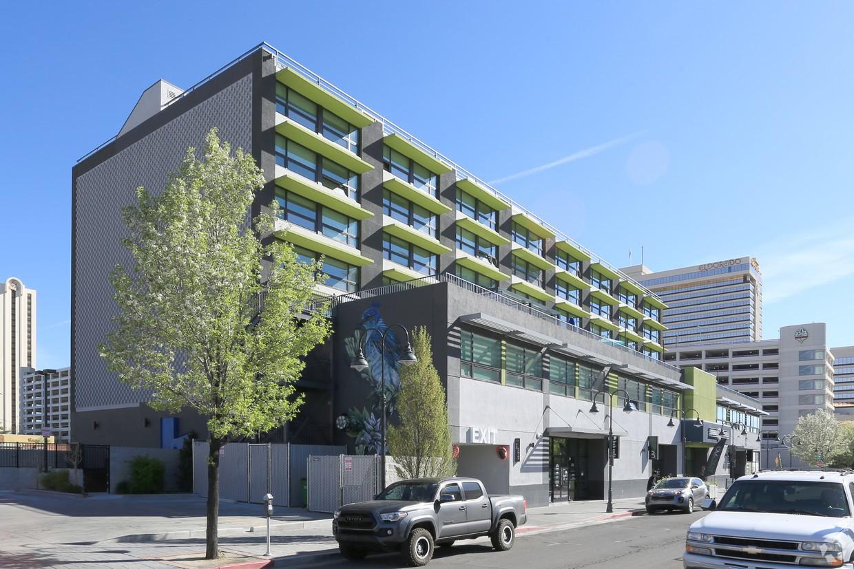 Apartments Near Nevada 3RD STREET FLATS for University of Nevada-Reno Students in Reno, NV