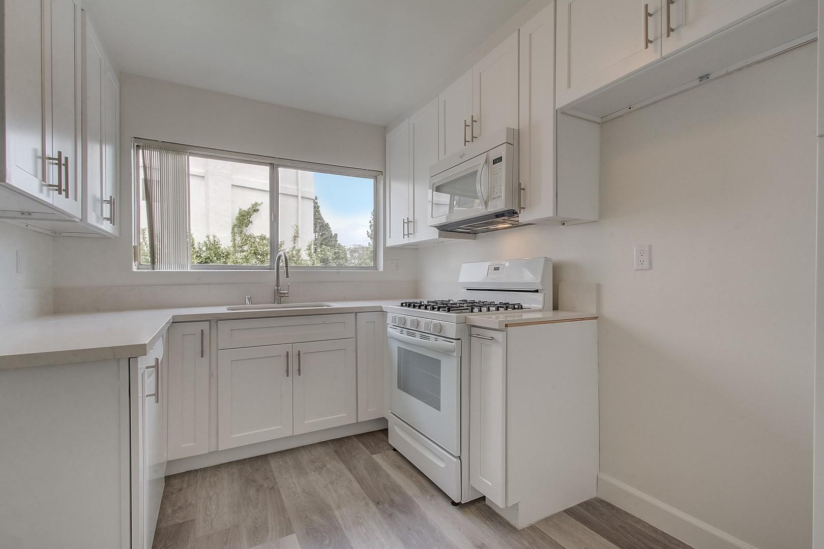 Ethel Avenue Apartments photo