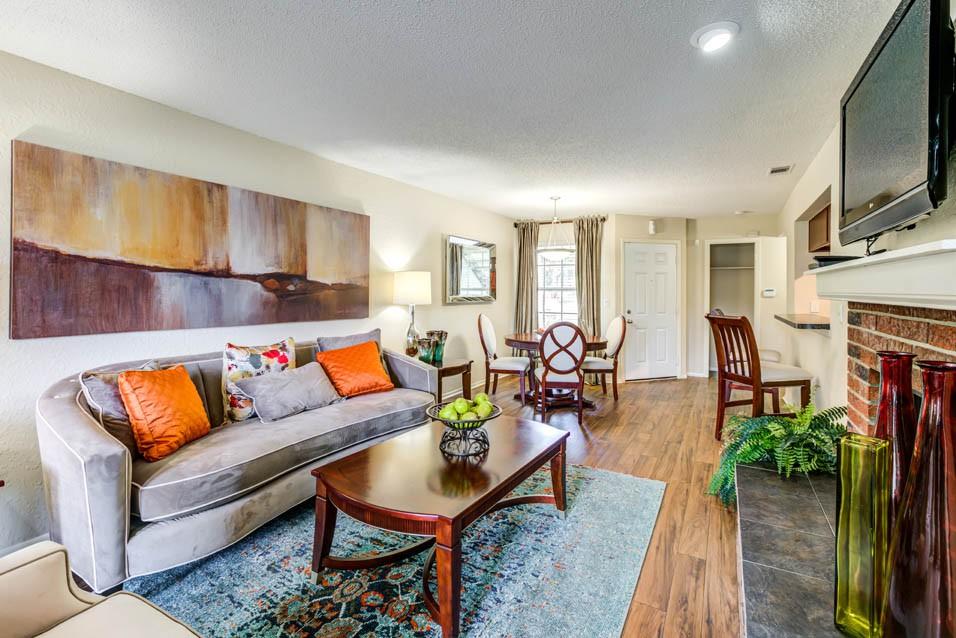 Timberlake Apartments