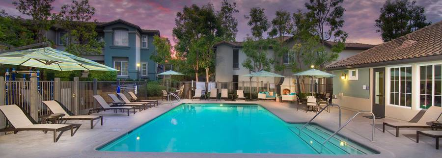 Apartments Near CSUCI Avalon Mission Oaks for California State University Channel Islands Students in Camarillo, CA