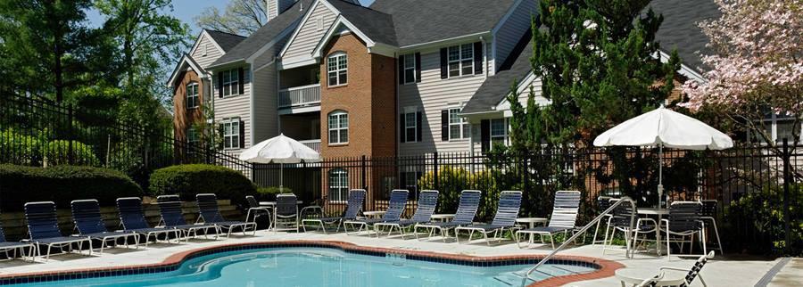 Apartments Near GMU eaves Fairfax City for George Mason University Students in Fairfax, VA