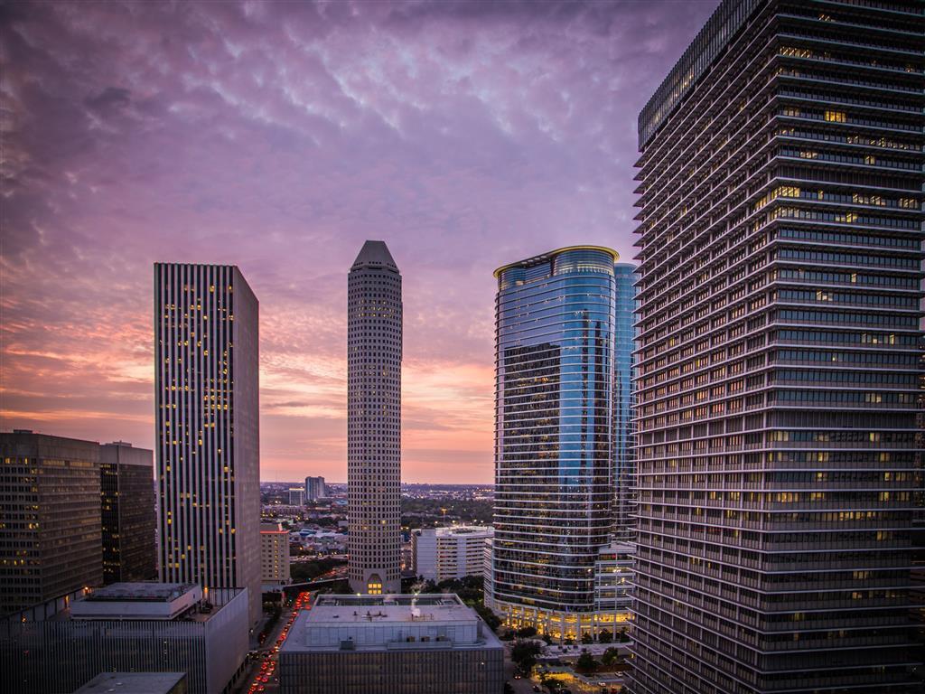 Skyhouse Houston photo