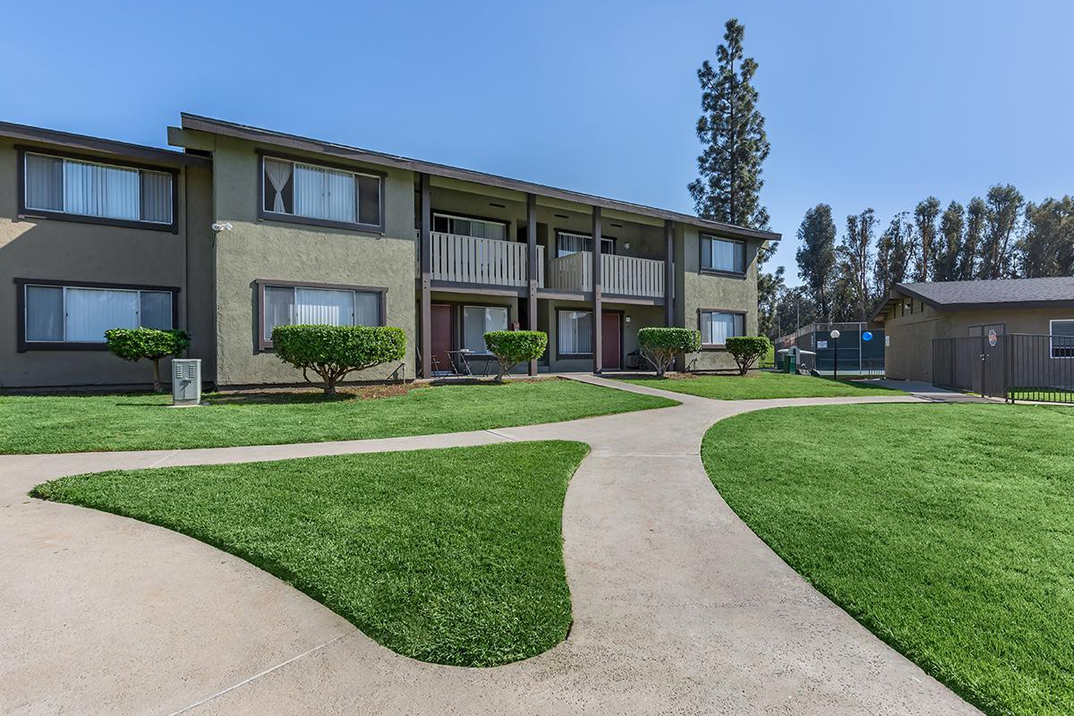 Saddleback Ranch Apartments photo
