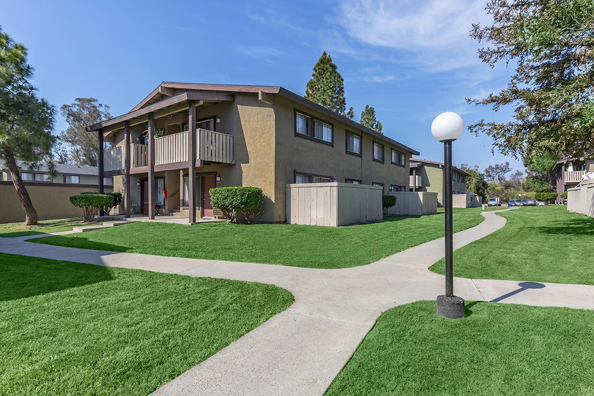 Saddleback Ranch Apartments