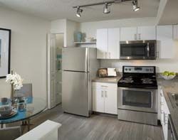 Apartments Near AIU South Florida Camden Portofino for American Intercontinental University Students in Weston, FL