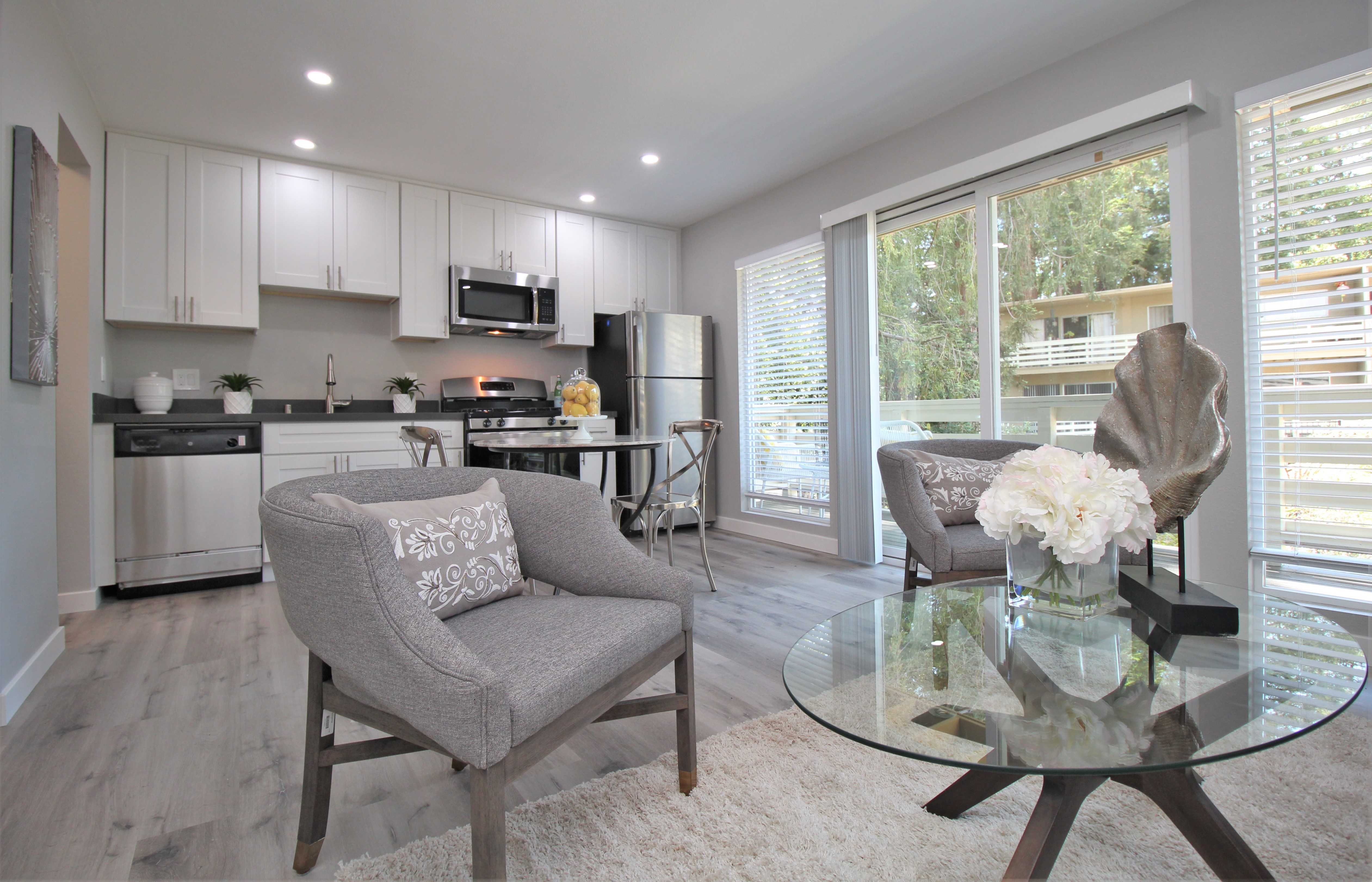 Redwood Creek Apartments for rent