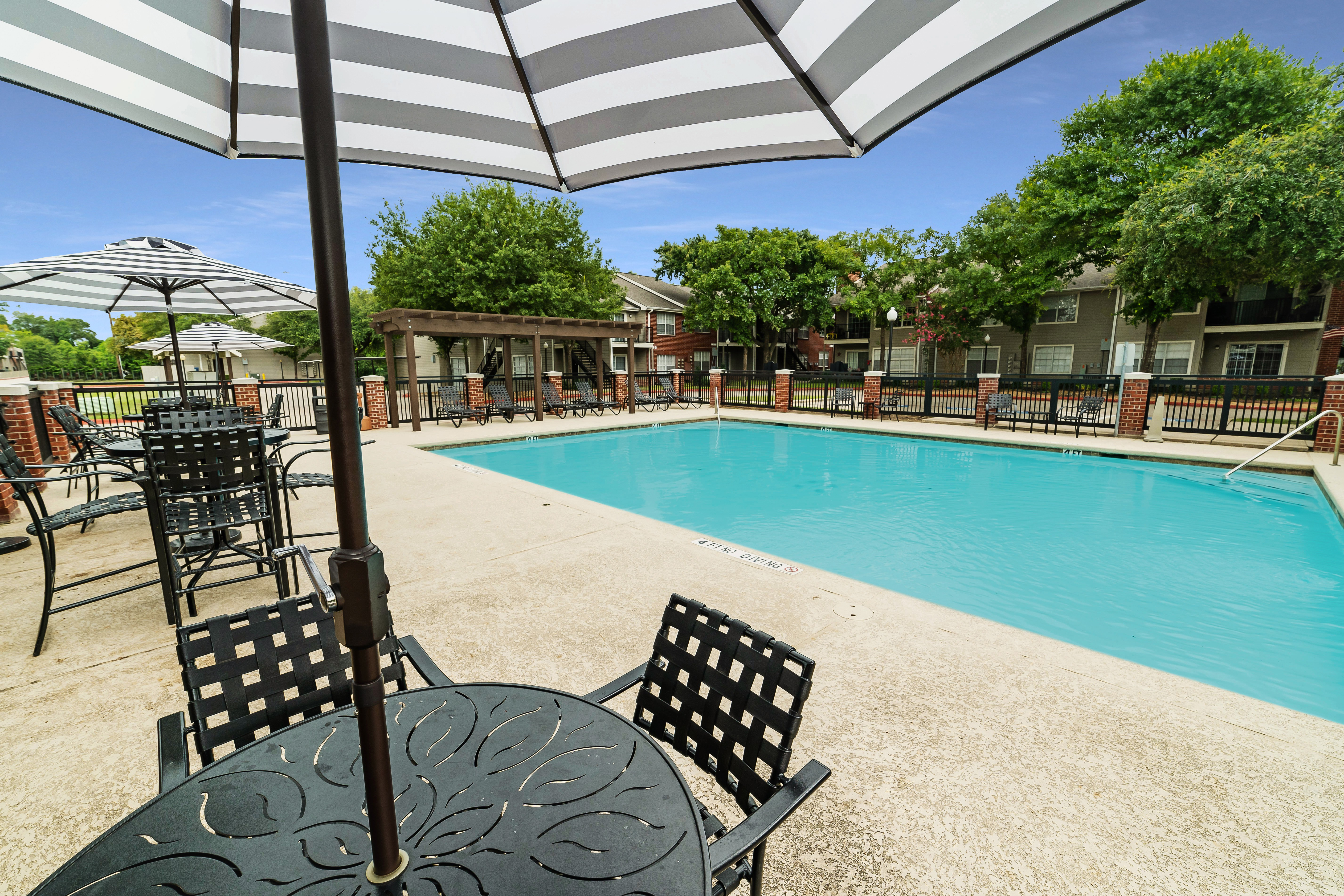 Apartments Near NHMCC Park at Spring Creek for North Harris Montgomery Community College Students in The Woodlands, TX