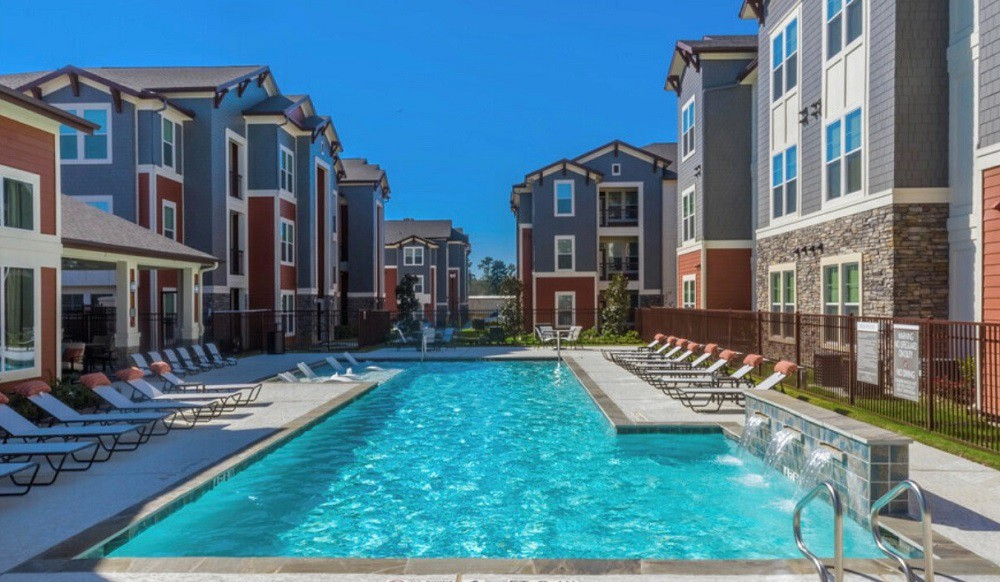 Apartments Near NHMCC Cardiff at Louetta Lakes for North Harris Montgomery Community College Students in The Woodlands, TX