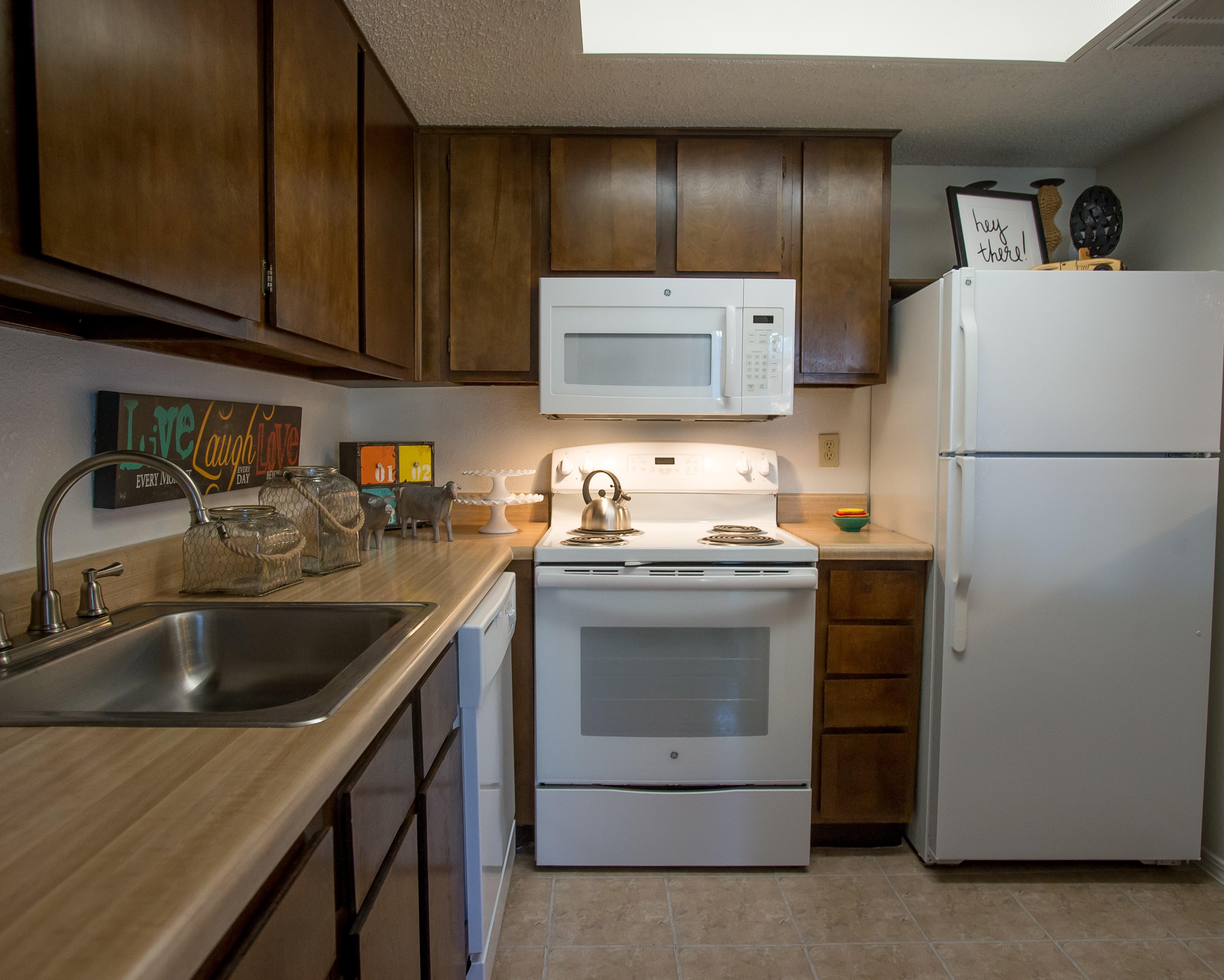 Apartments Near OC Hunters Ridge Apts. for Oklahoma Christian University Students in Edmond, OK