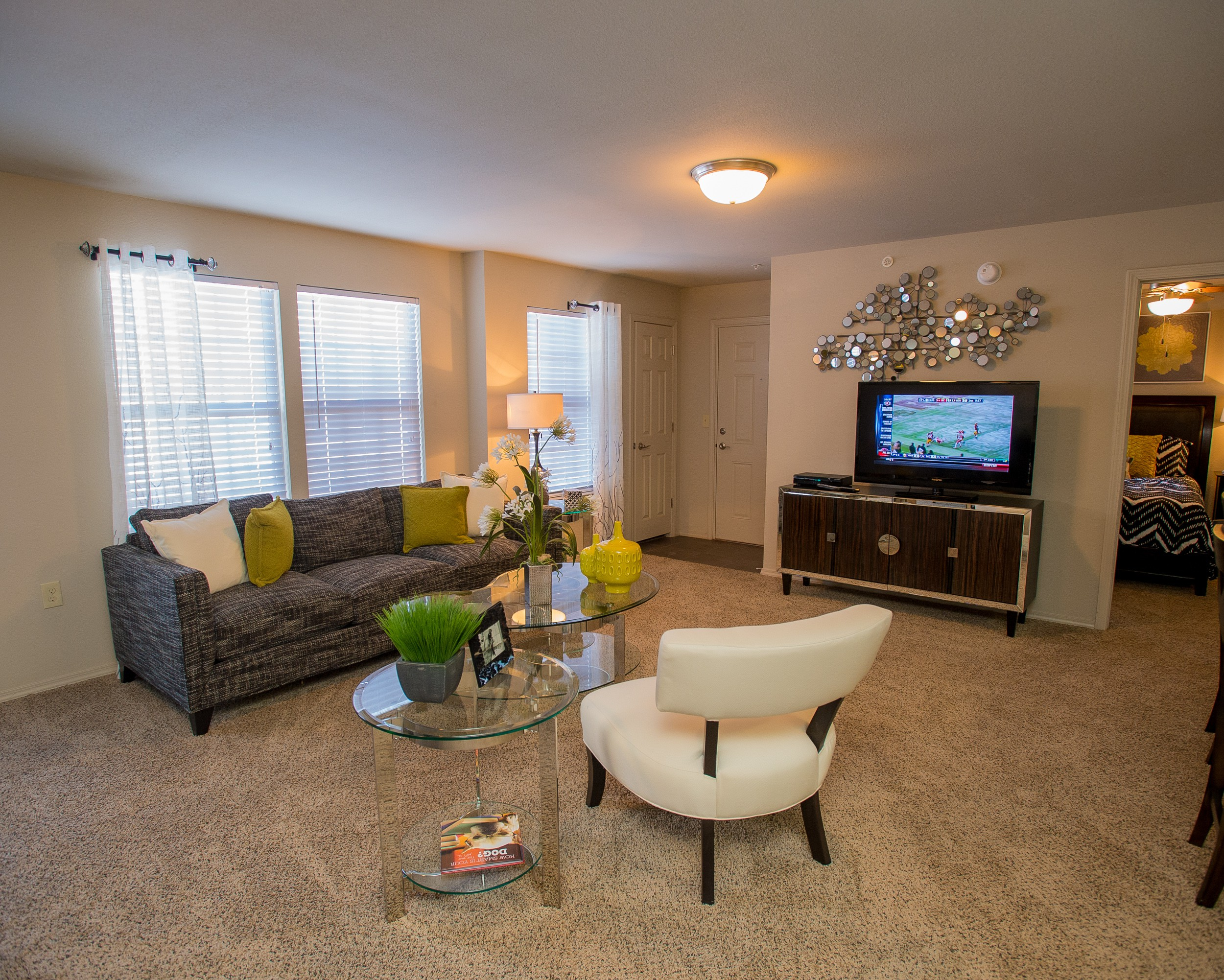 Apartments Near OCU Villas at Canyon Ranch for Oklahoma City University Students in Oklahoma City, OK