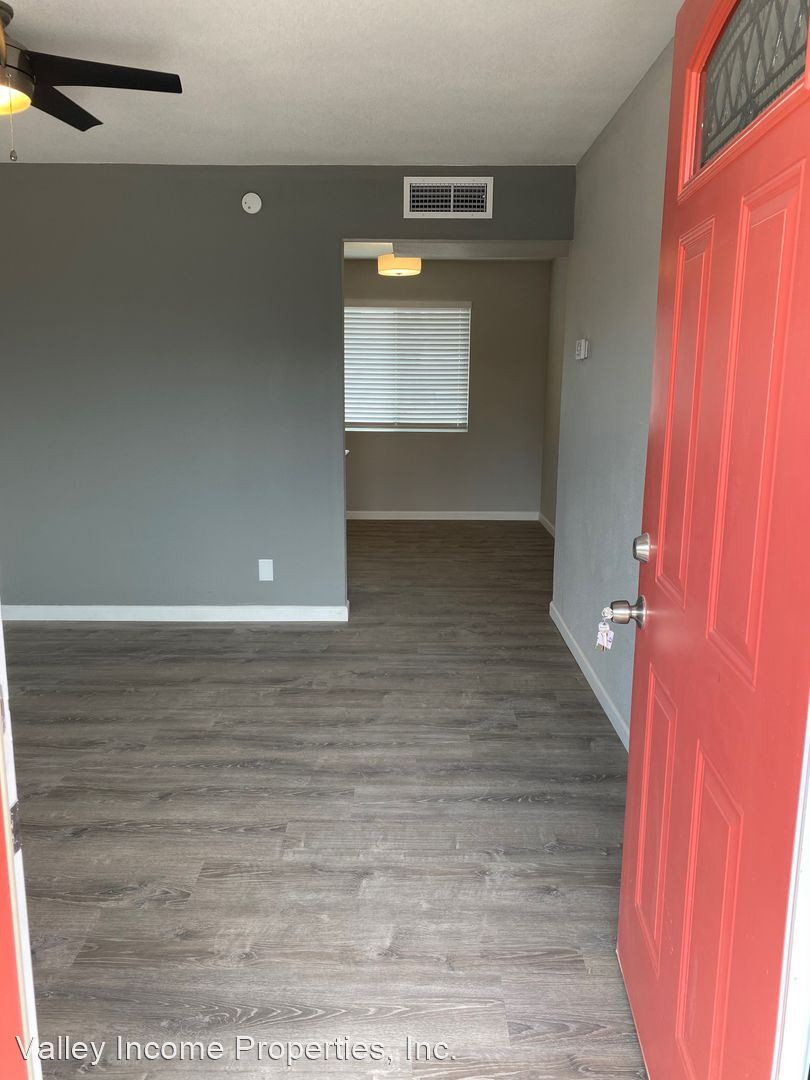 3221 N 36th St for rent