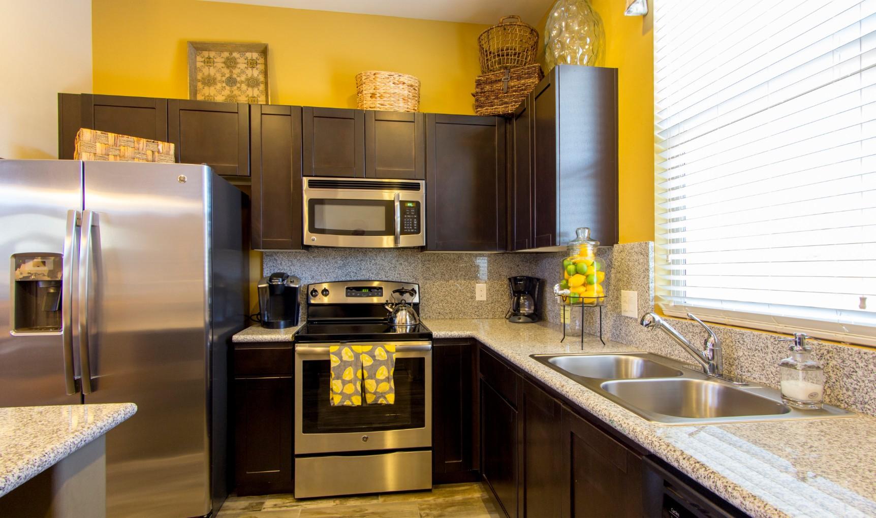 Apartments Near Tucson Sabino Vista Apartment Homes for Tucson Students in Tucson, AZ