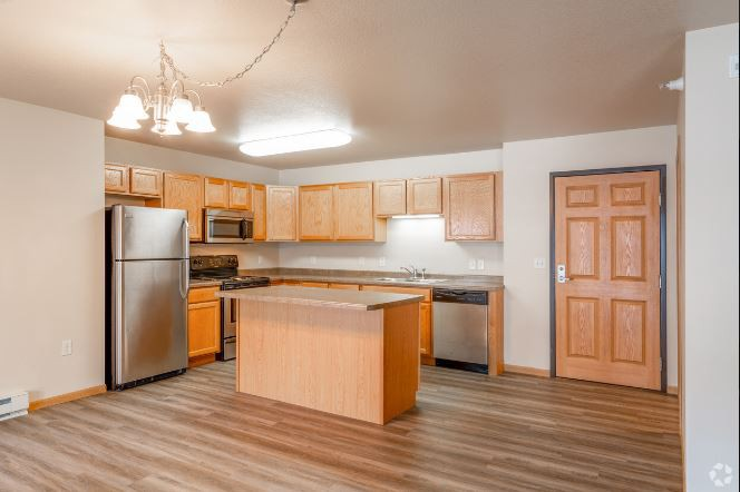 Apartments Near MSU Southwood Apartments for Minot State University Students in Minot, ND