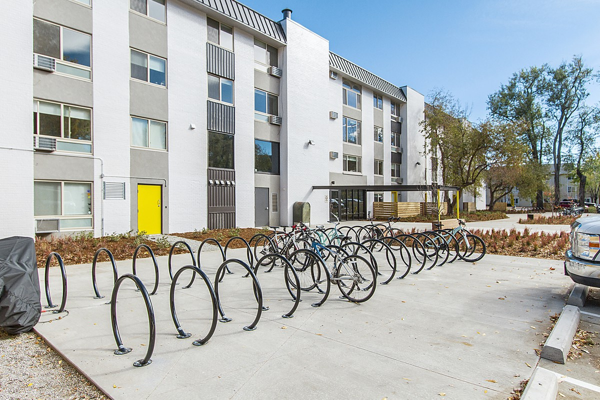 Apartments Near CU Boulder 2121 Canyon for University of Colorado at Boulder Students in Boulder, CO