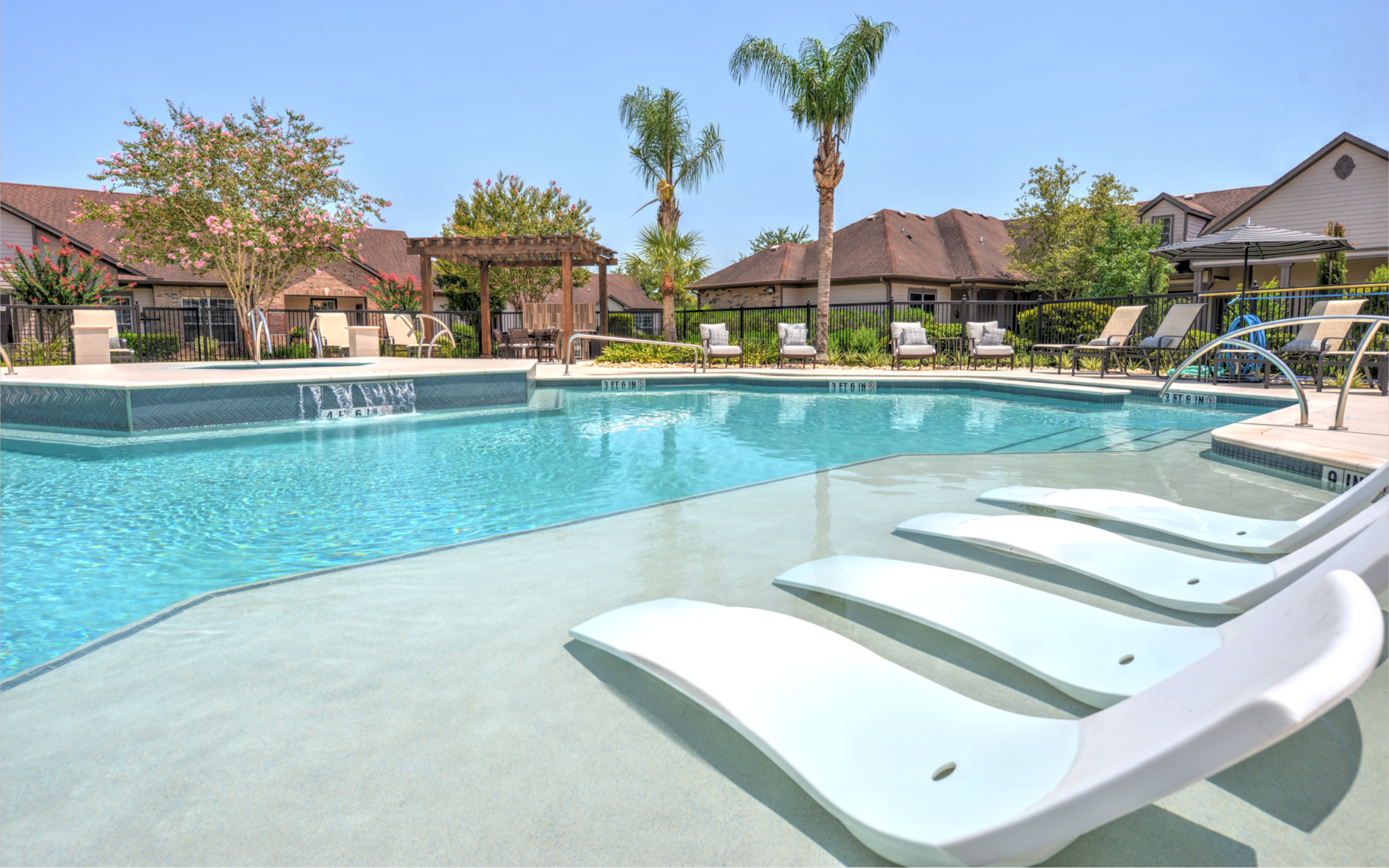 Attiva Pearland 55+ Active Living for rent
