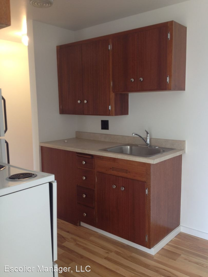 Escolier Apartments photo