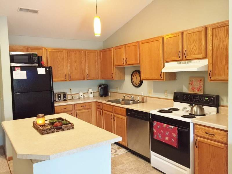 Apartments Near UW-Madison Prairie Oaks for University of Wisconsin Students in Madison, WI