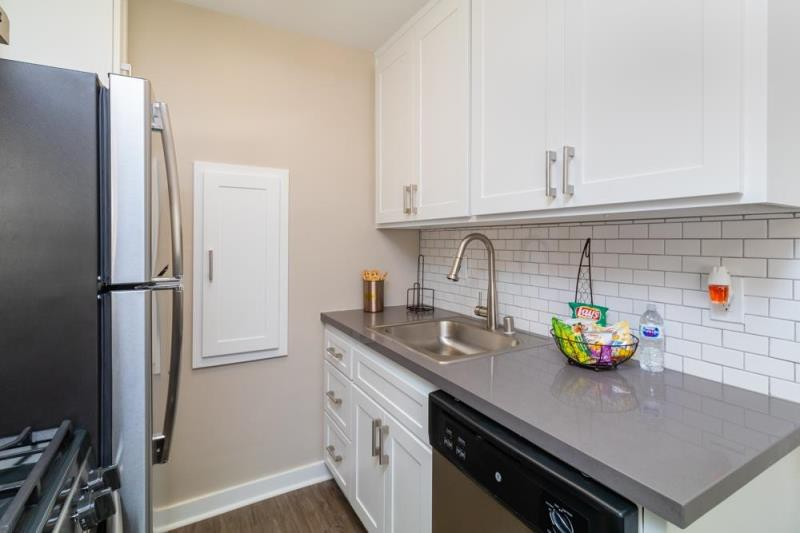 Mosaic at Western Apartment Homes for rent