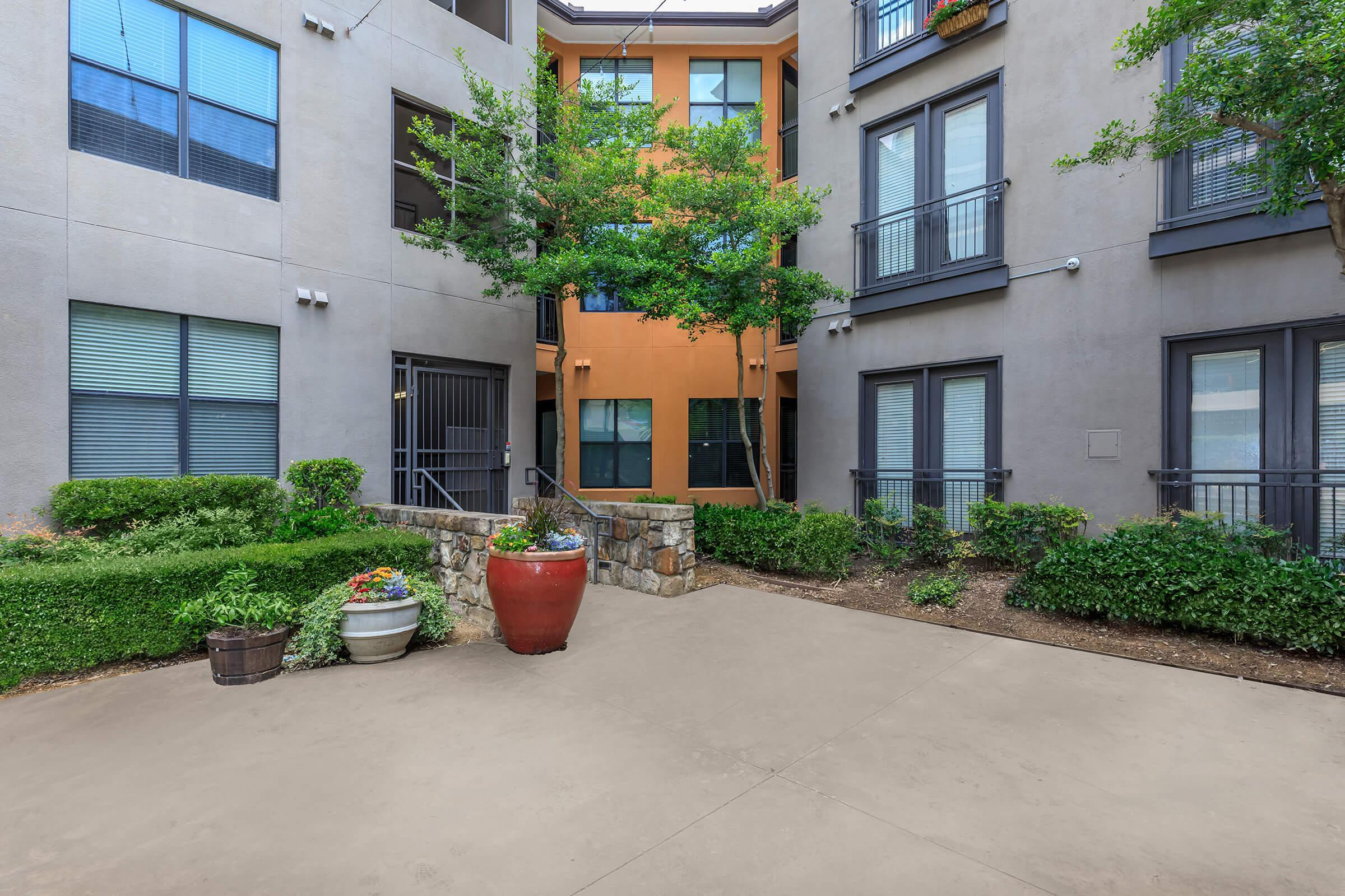 Apartments Near DTS Vue Fitzhugh for Dallas Theological Seminary Students in Dallas, TX