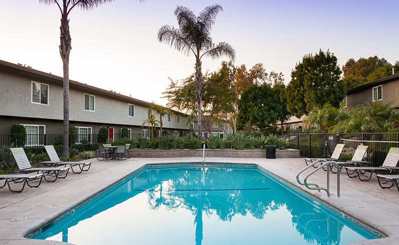 Apartments Near Claremont Yorba Linda Pines for Claremont McKenna College Students in Claremont, CA