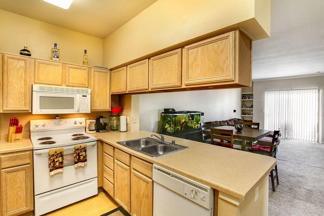 Lakeshore Villas for rent