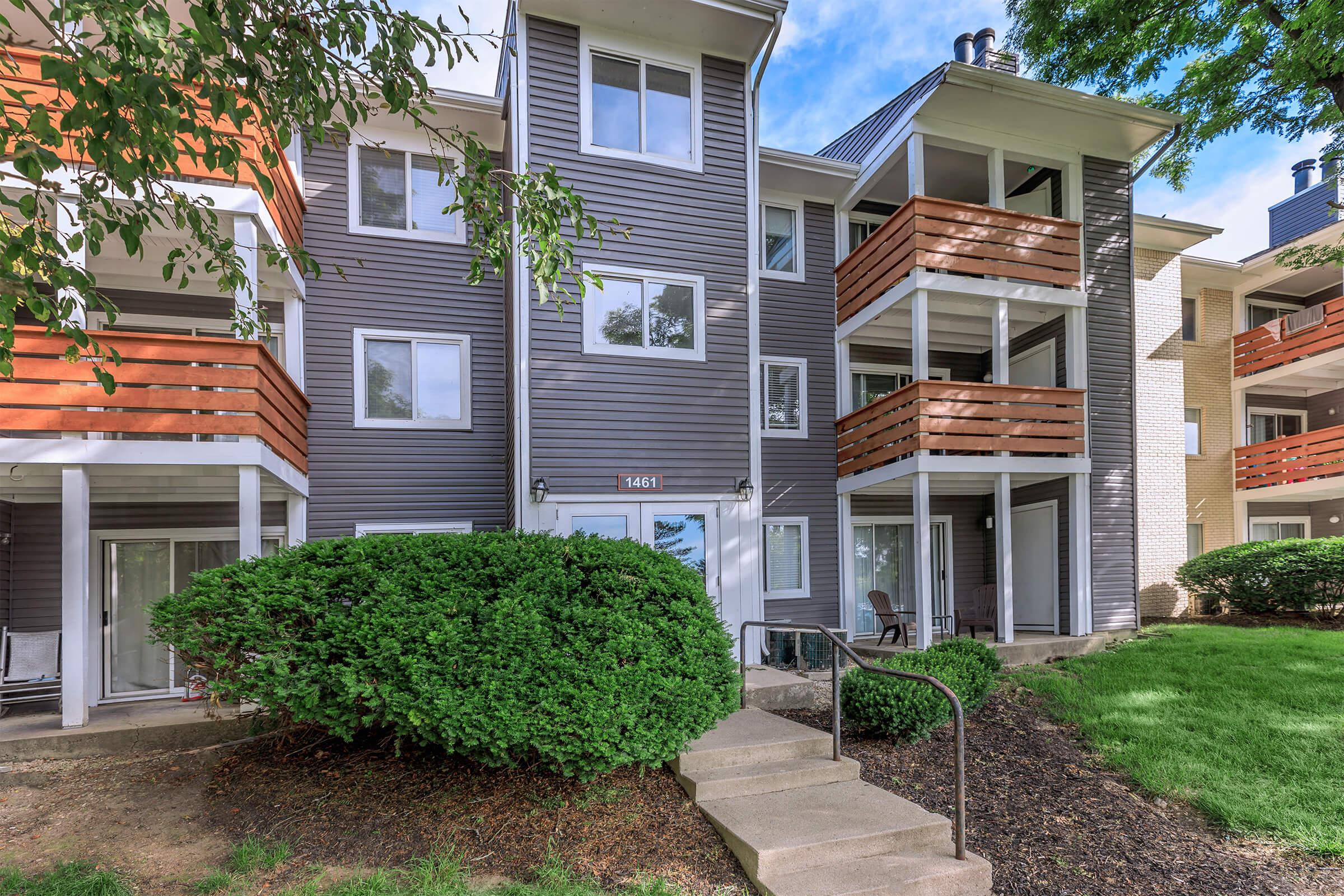 Apartments Near Franklin Runaway Bay for Franklin University Students in Columbus, OH