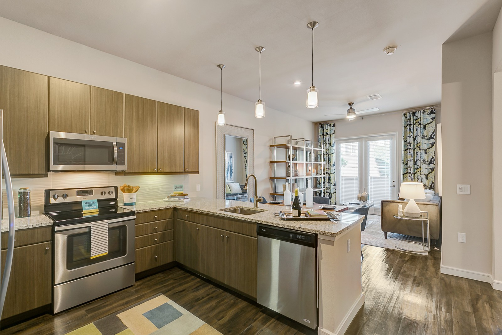 Apartments Near DTS One Oak Grove for Dallas Theological Seminary Students in Dallas, TX