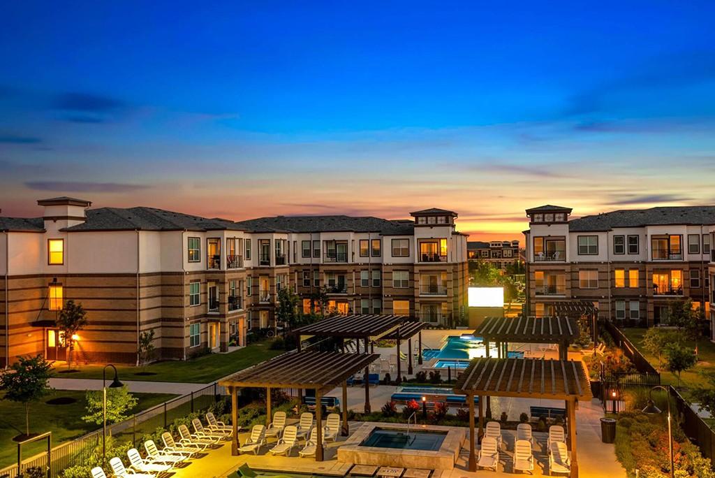 Apartments Near Collin College McKinney Square for Collin College Students in McKinney, TX